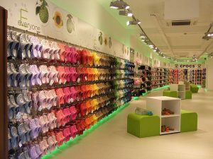 crocs department store